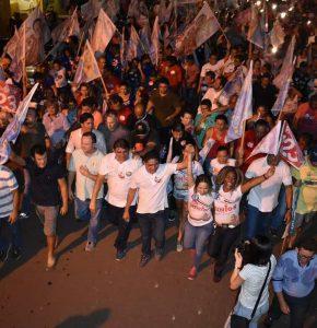 Zé Inácio participa de grande passeata em Santa Luzia