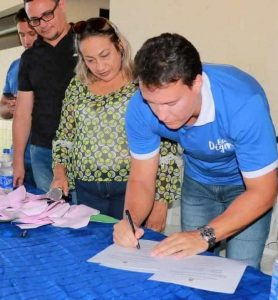 Escola do estado em Maranhãozinho recebe reformas após cobranças da deputada Detinha